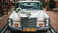Amerkańska zabytkowa limuzyna Mercedes