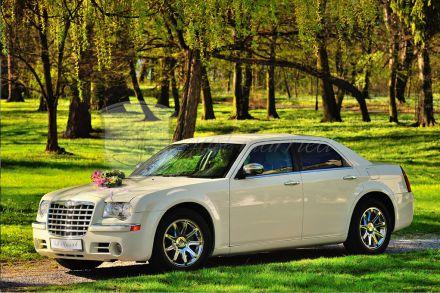 Chrysler 300c HEMI (Ecru) - piękne auto do ślubu Just Married Rzeszów Jasło Krosno Dębica Jarosław Łańcut Przemyśl Tarnobrzeg Staowa Wola Mielec - Krosno - podkarpackie