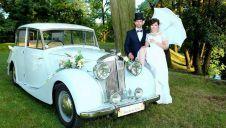 Luksusowy pojazd do ślubu. Elegancja Na kołach  -  Legnica  -  dolnośląskie