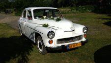 WARSZAWA 223 - stylowe auto, retro z minionej epoki  -  Kutno  -  łódzkie