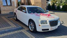 Chrysler 300c biały - Samochody slubne, auto na wesele  -  Świerklany  -  śląskie